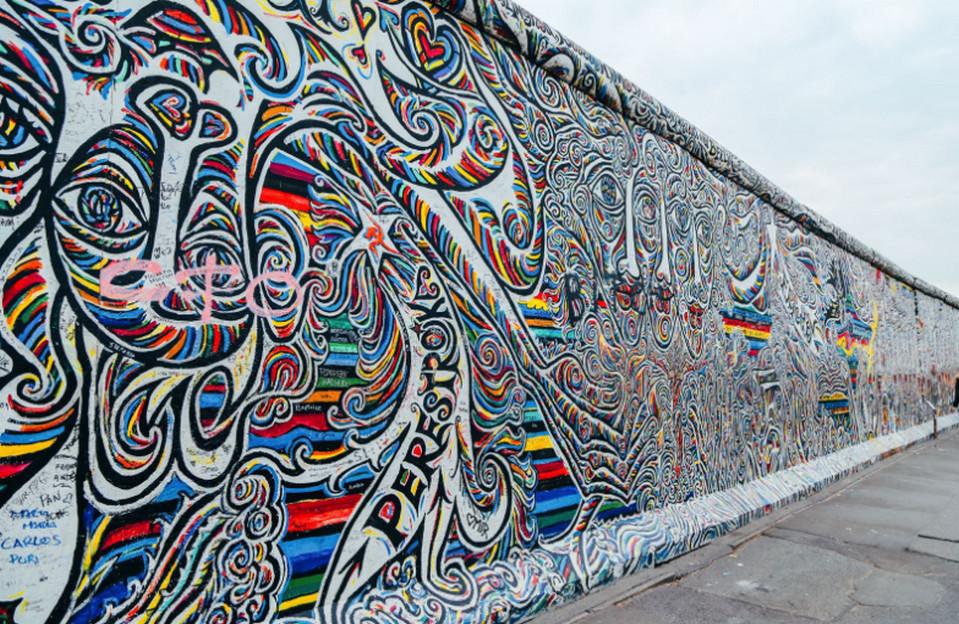 Галерея Ист-Сайд на Берлинской стене.